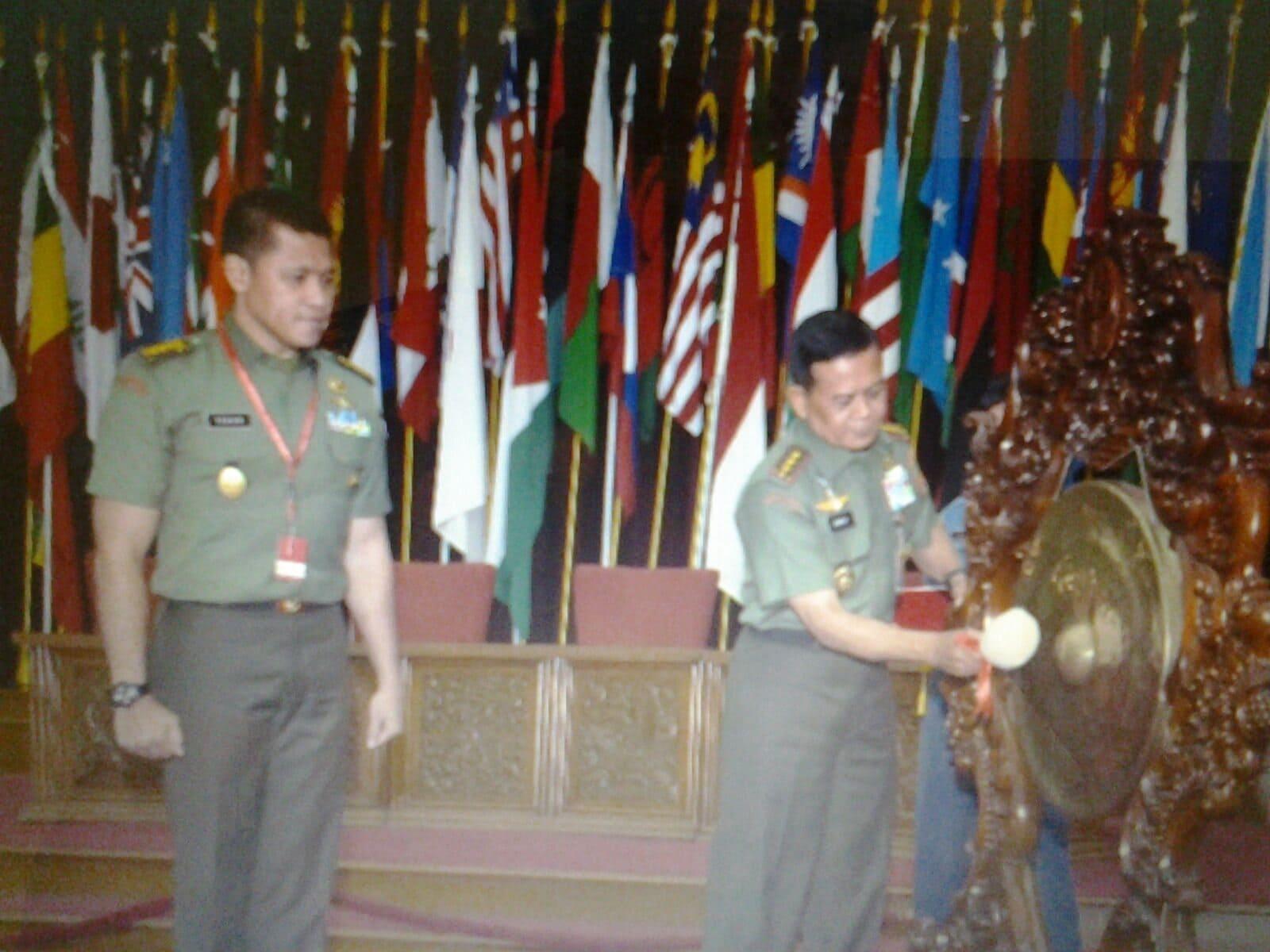 Pasis Dikreg XLII Sesko TNI TA. 2015 Selenggarakan Seminar Nasional
