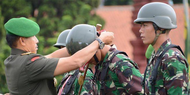 Perwira Harus Mampu Menjaga Kehormatan Dan Tanggung- Jawab Sebagai Seorang Pemimpin