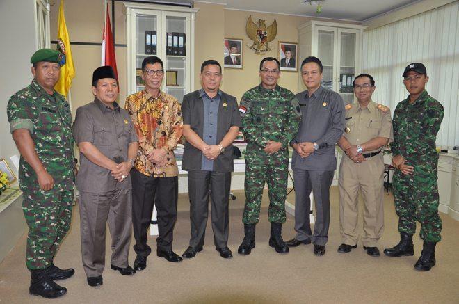Danrem 043 Gatam Silaturahmi Dengan Ketua DPRD Provinsi Lampung