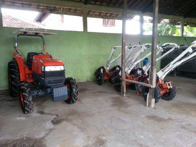 Korem 043/Gatam Terima Alat Mesin Pertanian Dari Kementan Republik Indonesia