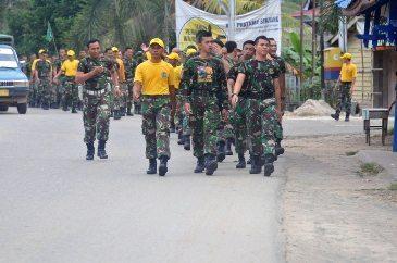 Prajurit Korem 121/Abw Laksanakan Gerak Jalan