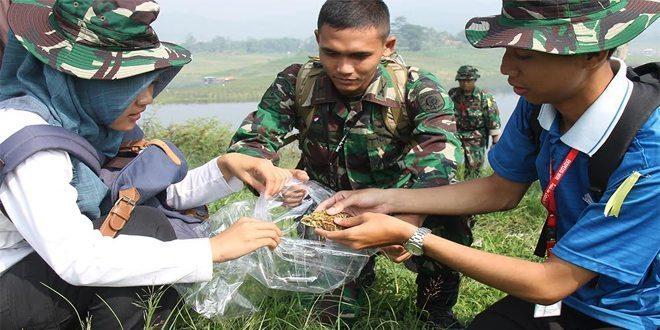 Peserta Ekspedisi NKRI Papua Barat Latihan Praktek Lapangan