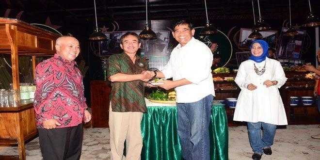 Pangdam IV/Diponegoro Membuka Kafe Wedangan D'Museum Tugumuda