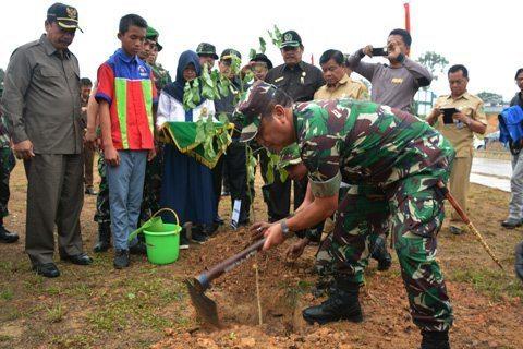 Pangdam VI/Mlw Canangkan Penanaman Pohon