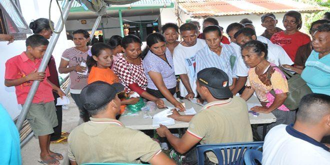 1.343 Warga Pulau Letti Berobat ke Posko Bansos TNI