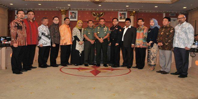 Panglima TNI Tandatangani Pakta Pertahanan Proxy War Media