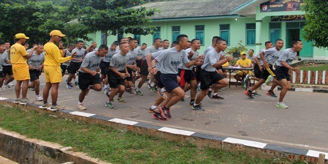 Pertajam Kemampuan Fisik, Prajurit Yonif 200/Raider Lari 10 Km