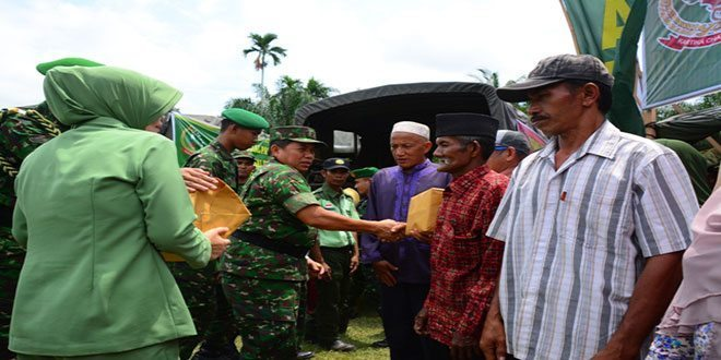 """Danrem 031/Wirabima : """"Penderitaan Rakyat Juga Penderitaan TNI"""""""