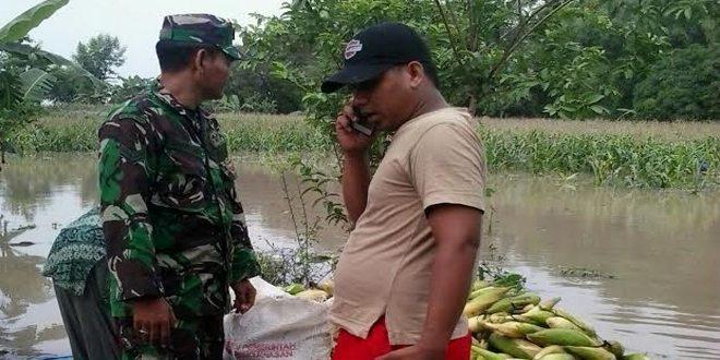 Keterlibatan TNI Dalam Mengatasi Banjir di Bojonegoro