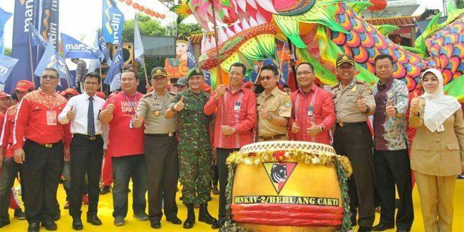 Prajurit TNI AD Meriahkan Cap Go Meh 2016 di Kota Pontianak