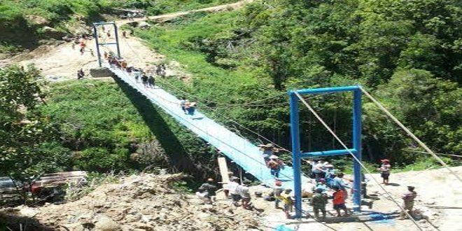 Kodim Tator Berhasil Bangun Lagi Jembatan Gantung Ke-3