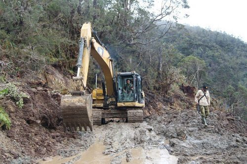 Pembangunan Jalan Di Wilayah Pedalaman Membuka Keterisolasian Daerah Di Papua