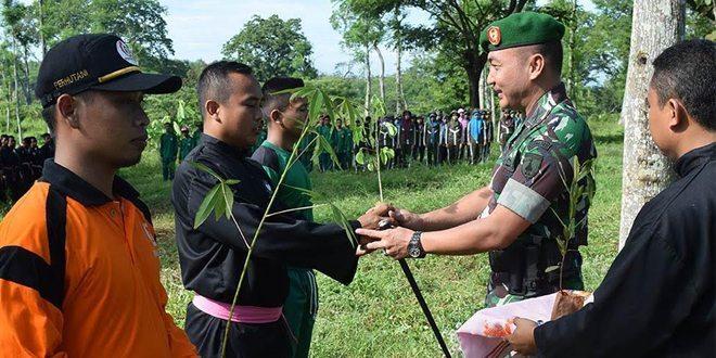 Dandim Tuban Pimpin Penghijauan di Kecamatan Singgahan Tuban