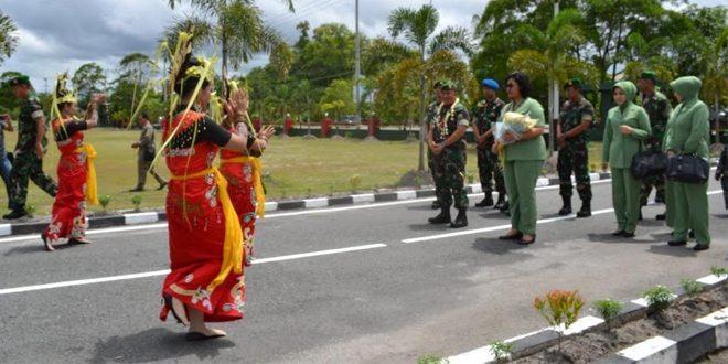 Pangdam XII/Tpr: Prajurit TNI Jangan Sampai Melukai Hati Masyarakat