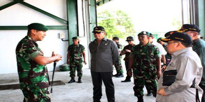 Kunjungan Kerja Komisi I DPR RI ke Yonkav 8/Nara Singa Wiratama Kostrad