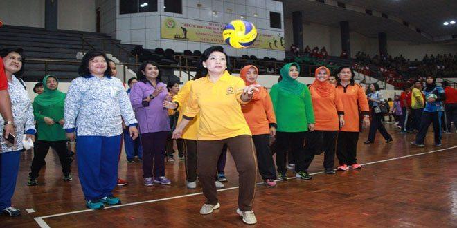 Ketum Dharma Pertiwi Buka Pekan Olahraga di Mabes TNI