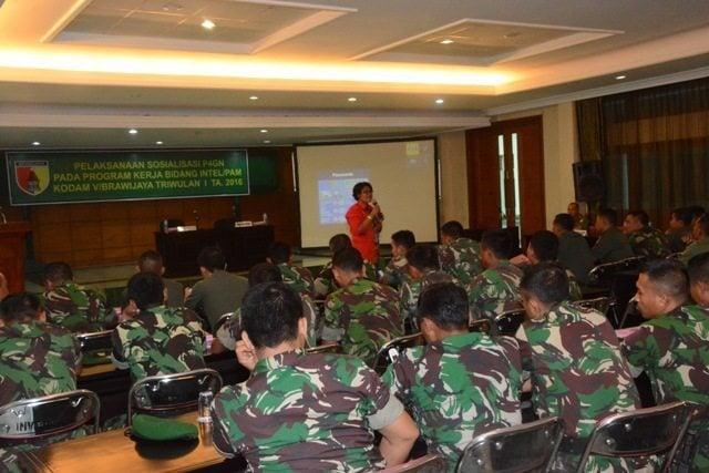 Ratusan Personel Makodam V/Brawijaya Terima Sosialisasi Tentang Narkotika dari BNN