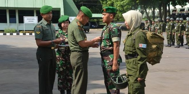 Calon Pegawai BNI Mengikuti Pendidikan Dan Latihan Bela Negara Di Akademi Militer