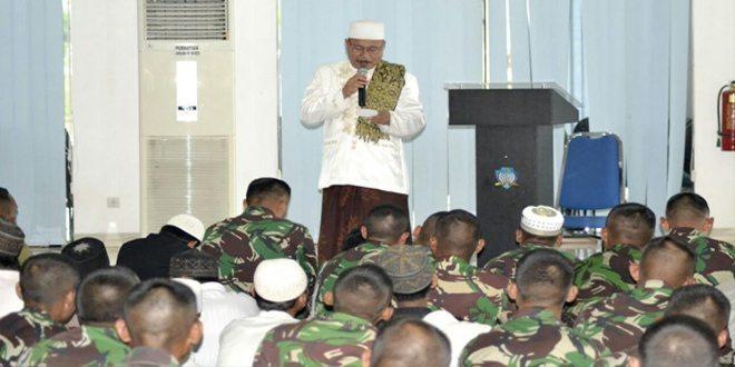800 Personel Kontingen Garuda Doa Bersama Anak Yatim Piatu