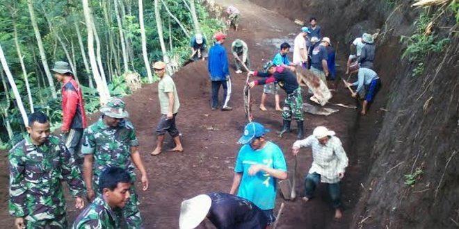 Karya Bhakti Di Dusun Pakisan