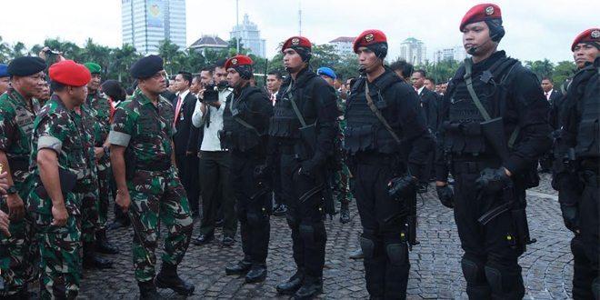 TNI-Polri Jaga Ketat Kawasan Senayan Jelang Pembukaan KTT OKI
