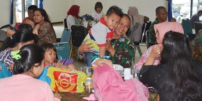 Kunjungan Keluarga Pasis Diktukpa TNI AD