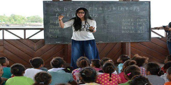Sukseskan Program Pengentasan Buta Aksara Persit KCK Koorcab Rem 173 Bantu Mengajar Baca Tulis