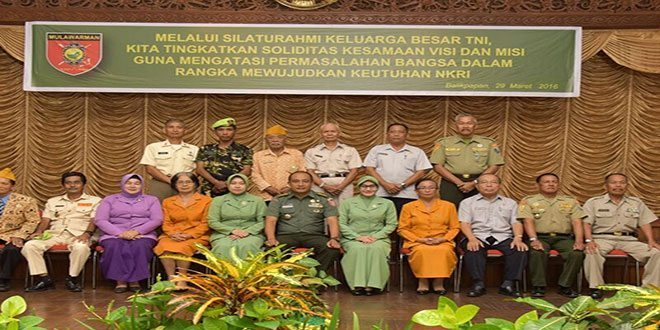 Komunikasi Sosial Dengan Keluarga Besar TNI Segarnizun Balikpapan Di Makodam VI/Mlw