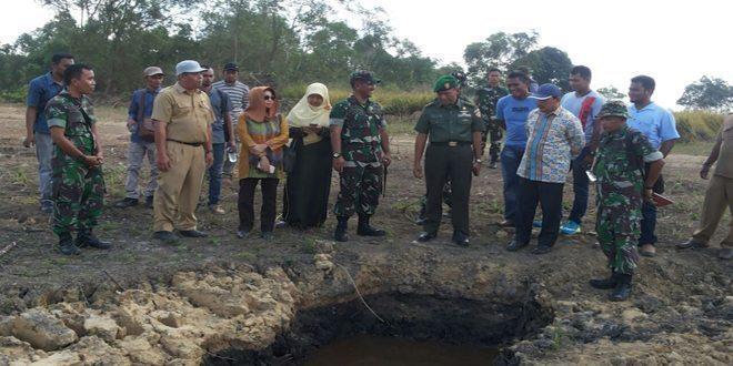 Tim Monitoring Sterad dan Kementrian Pertanian RI Tinjau lokasi Perluasan Sawah Baru di Lhoksukon