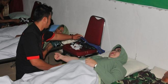 Persit KCK Koorcab Rem 121 PD XII/TPR Laksanakan Donor Darah