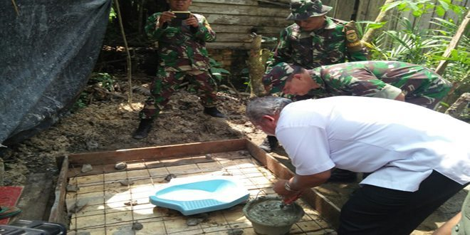 Kodim 0419/Tanjab Selenggarakan Karya Bakti TNI Kodim 0419/Tanjab Program Sejuta Jamban Semester I