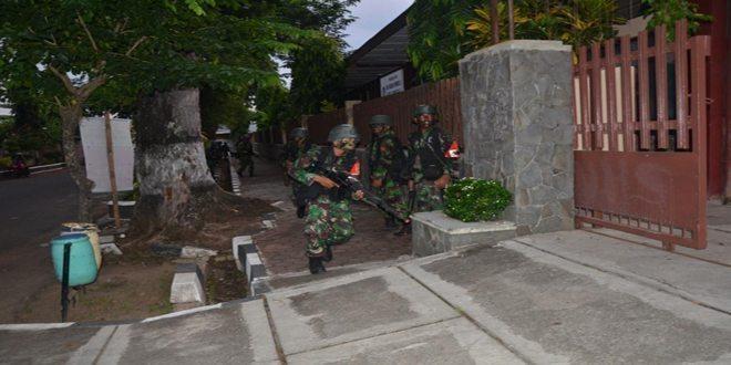 Yonif Infanteri Raider 412 Kostrad Latihan Pertempuran Kota