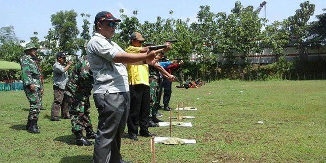 Mantapkan Sinergitas, Kodim Bojonegoro Gelar Latihan Menembak Bersama Komponen Masyarakat