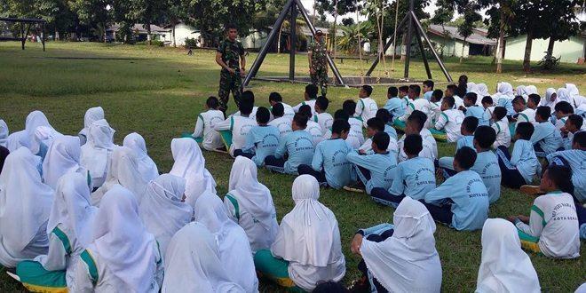 LDKS SMP PGRI Rawalumbu Kota Bekasi Di Yonif Mekanis 202/Tajimalela