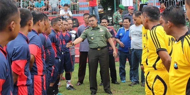 Yonif Para Raider 503 Kostrad Juara 2 Pertandingan Sepak Bola U-40 PSSI Cup 2016
