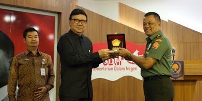 Panglima TNI Berikan Pembekalan 92 Kepala Daerah