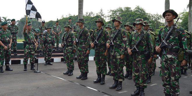 Batalyon Armed 1 Laksanakan Tradisi Masuk Satuan Divif 2 Kostrad