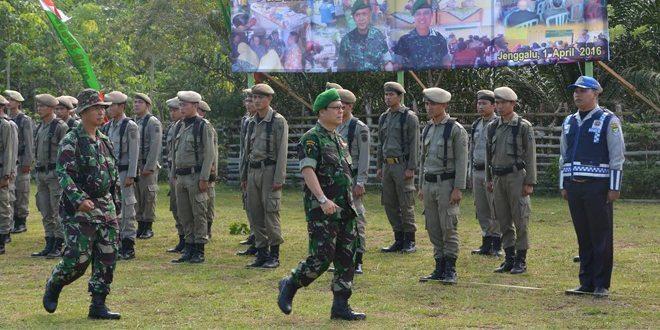 Bupati Seluma Tutup Karya Bakti TNI