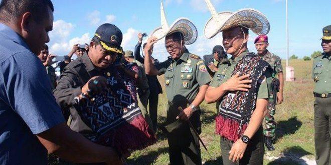 Kasad Jenderal TNI Mulyono Kunjungi Pulau Ndana