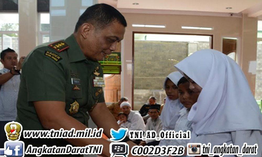 Komandan Kodiklat TNI AD Resmikan Penggunaan Masjid An Nisa Pusdikkowad