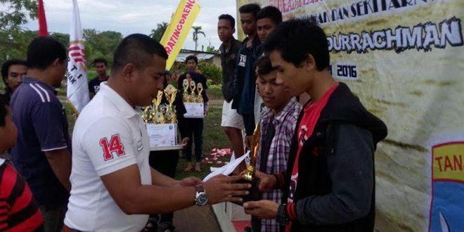 SMK Putra Katulistiwa Sabet Kejuaraan Panjat Tebing Piala Dandim 1207/BS