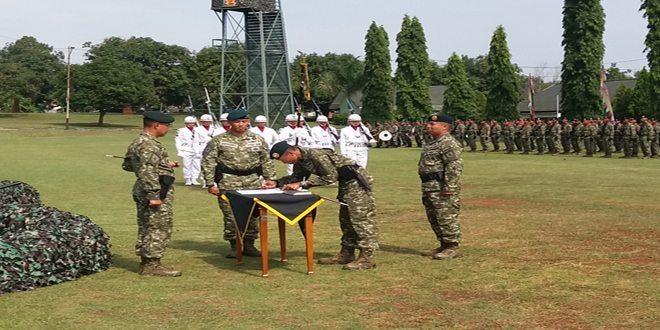Letnan Kolonel Inf M. Ghoffar Ngismangil jabat Danyon Raider 321/GT Kostrad