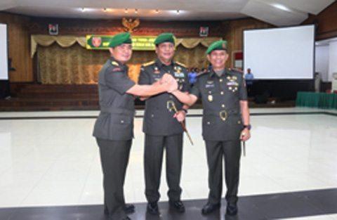 Pangdam VI/Mulawarman Pimpin Sertijab Danrem 091/Asn