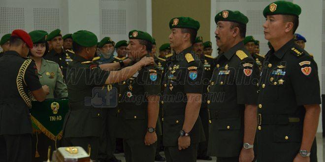 Jabatan Pangdam XII/Tpr dan Dirajenad di Serah Terimakan