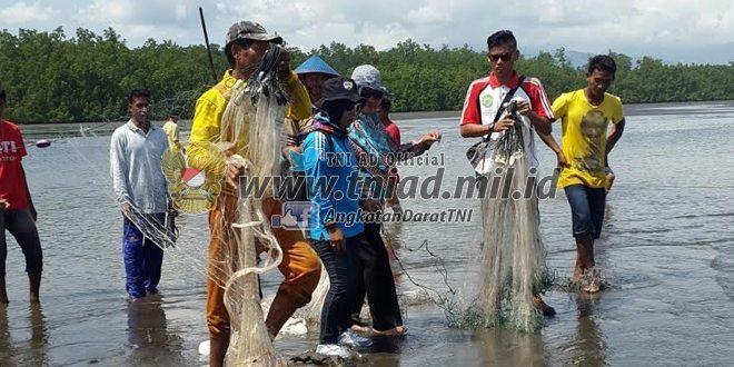 Kelompok Nelayan Desa Dodaga Praktekan Pembuatan Bank Ikan.