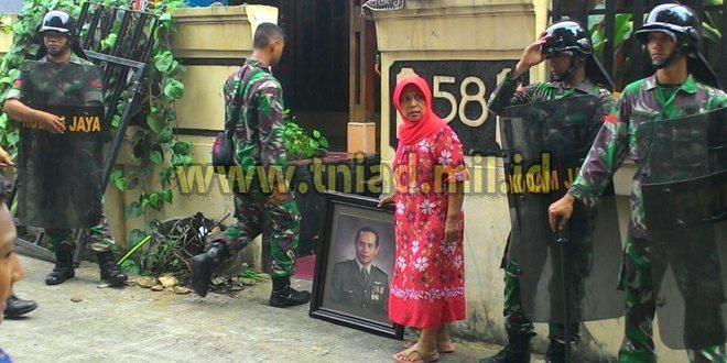 Upaya Persuasif dan Humanis Petugas Kepada Penghuni Rumah Dinas Bintaro