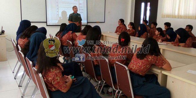 Kodam Jaya Berikan Penyuluhan Wawasan Kebangsaan Kepada Para Siswa-Siswi Labschool