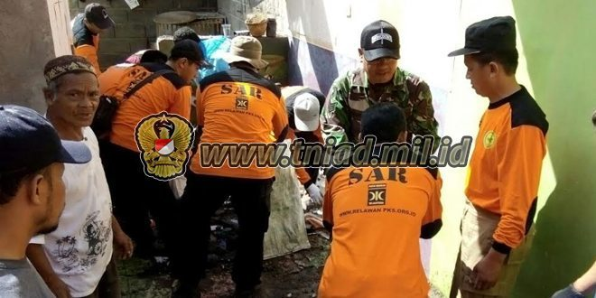 TNI Bantu Masyarakat Pasca Bencana