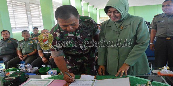 Disaksikan Istri, TNI Teken MOU Integritas Narkoba