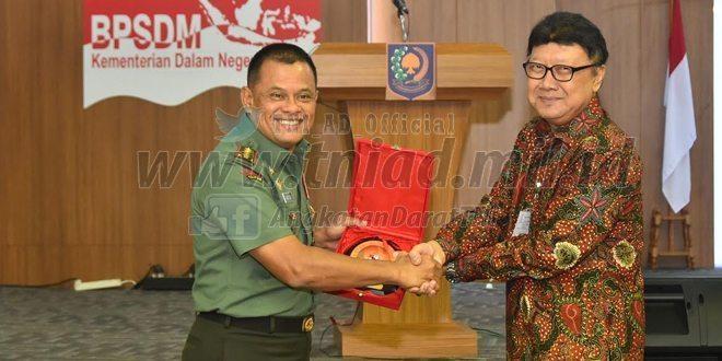 Panglima TNI : Indonesia Menjadi Medan Perang di Waktu Mendatang